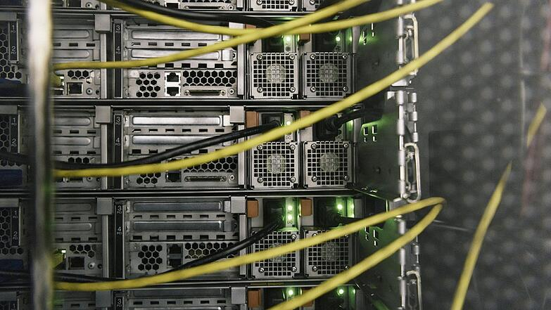servers-cables.jpg